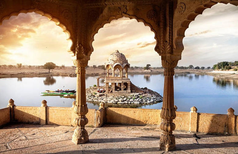 Destinations - Beyond the Taj
